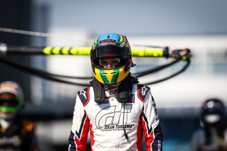 F3 in Silverstone: Fraga has his first point, the improvement of the team is evident