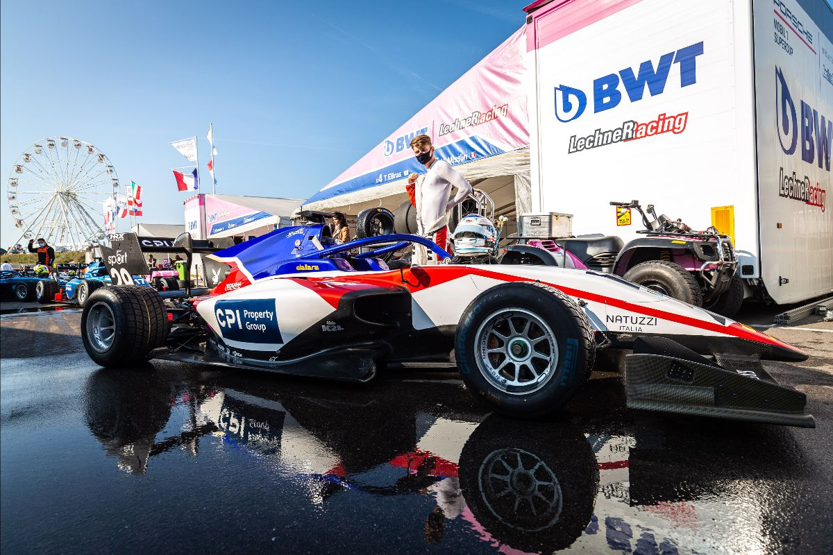 Race 1 went extremely well, we had a very good pace and kept Leclerc under pressure from lap 1. I really think we could win but it was a good fight between us.